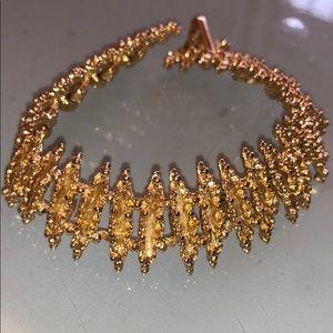 Avon fashion bracelet